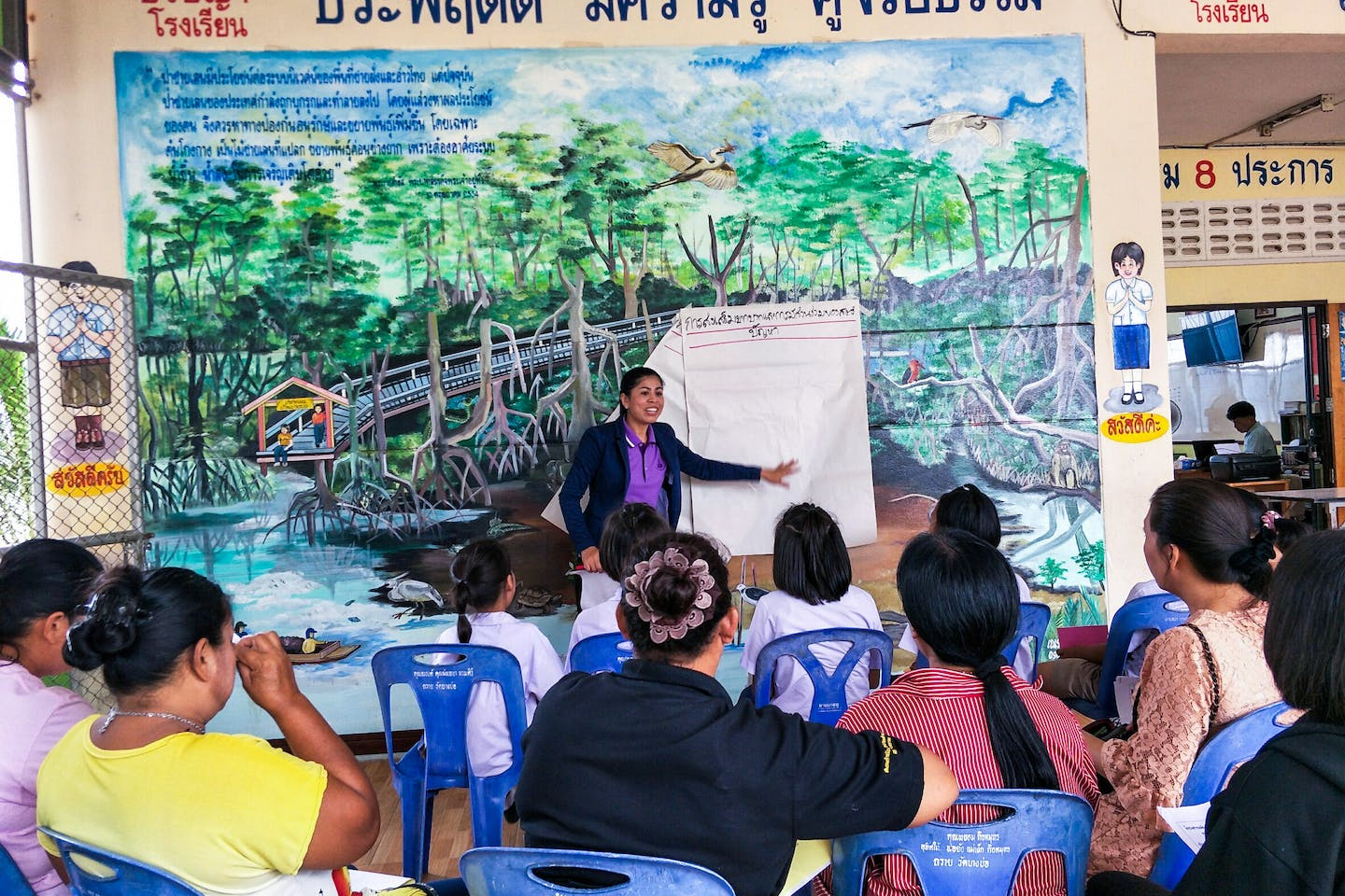 Mangroves for the Future, Marriott and Sukhothai Thammathirat Open University collaborate for Thailand's coastal resources