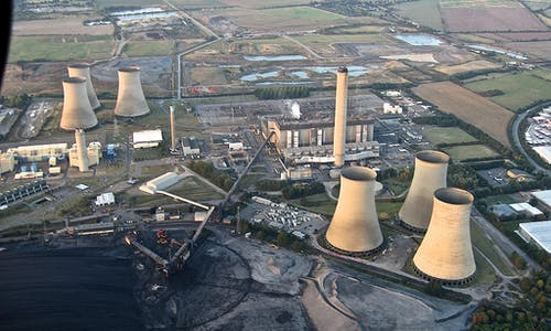 UK's CO2 emissions have fallen 29 per cent over the past decade