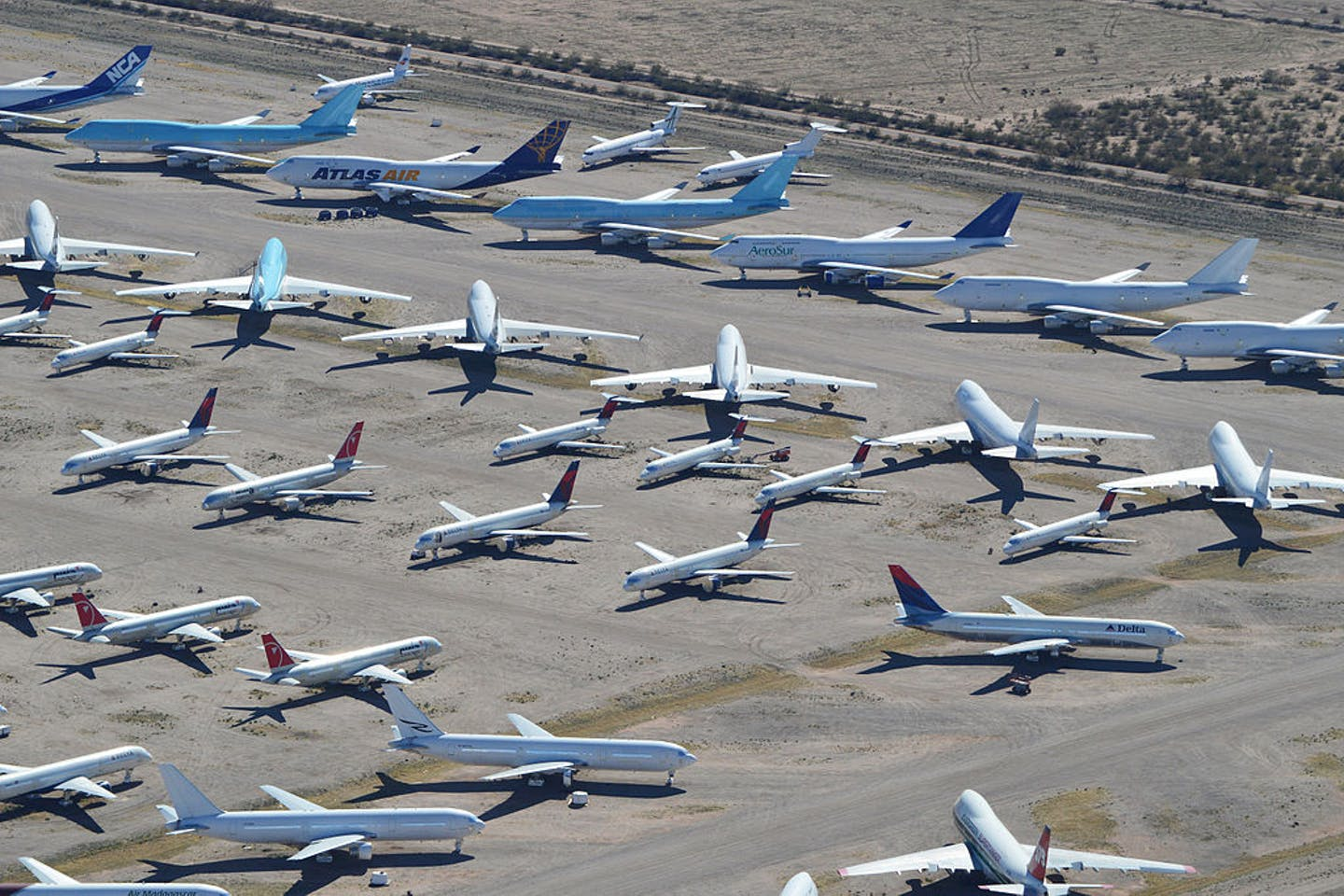 airplanes grounded