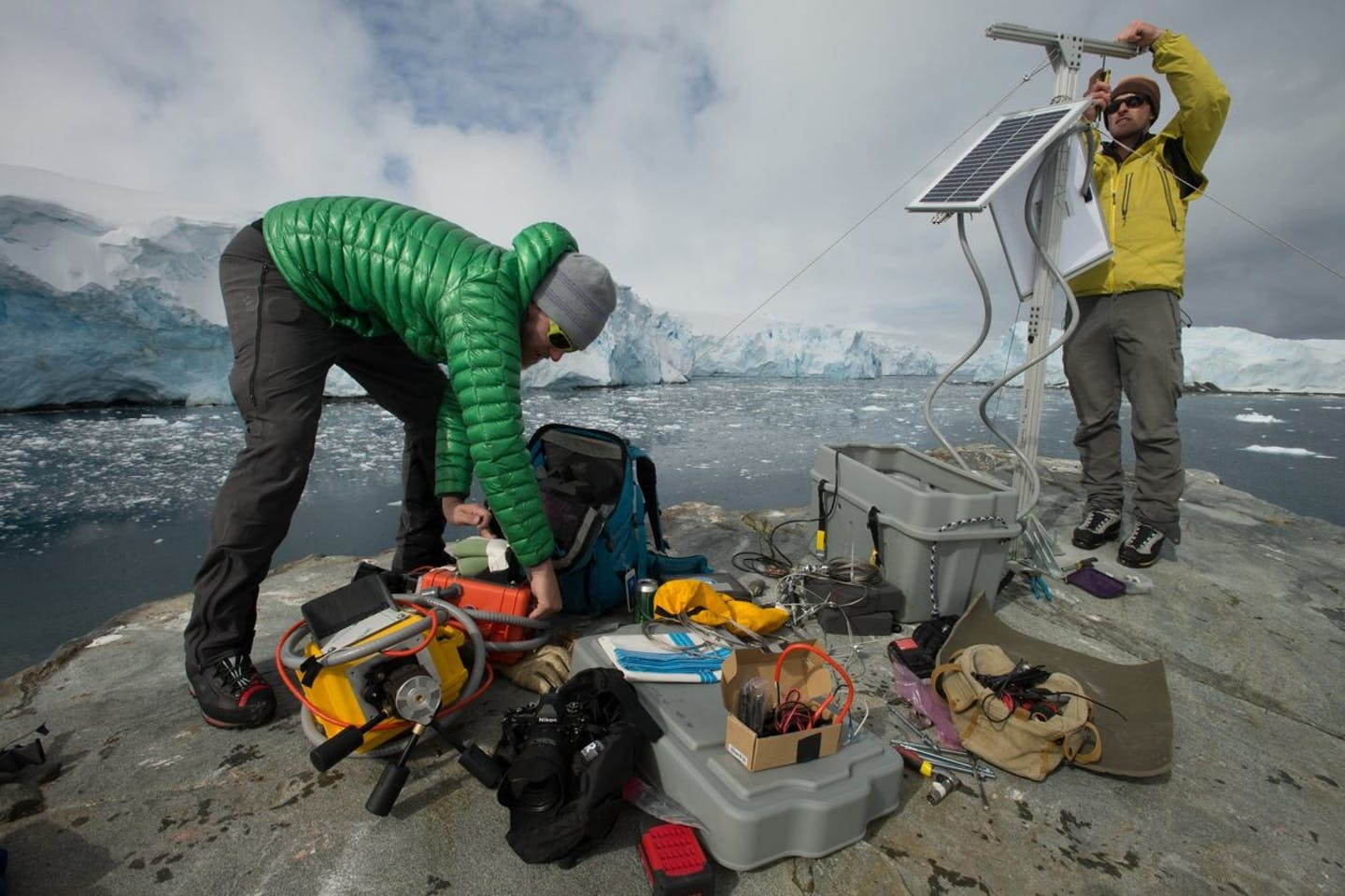Scientists monitor rapidly melting ice shelves in Antarctica
