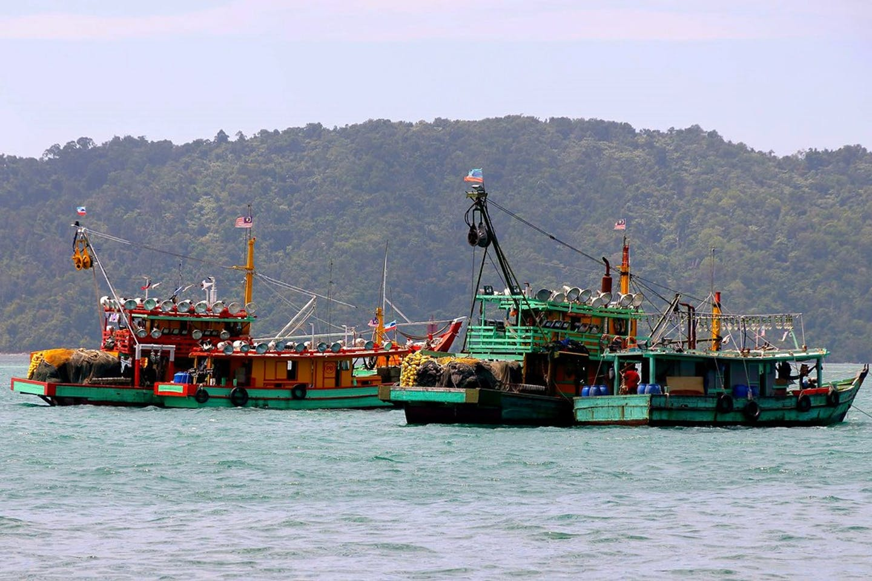fishing boats malaysia