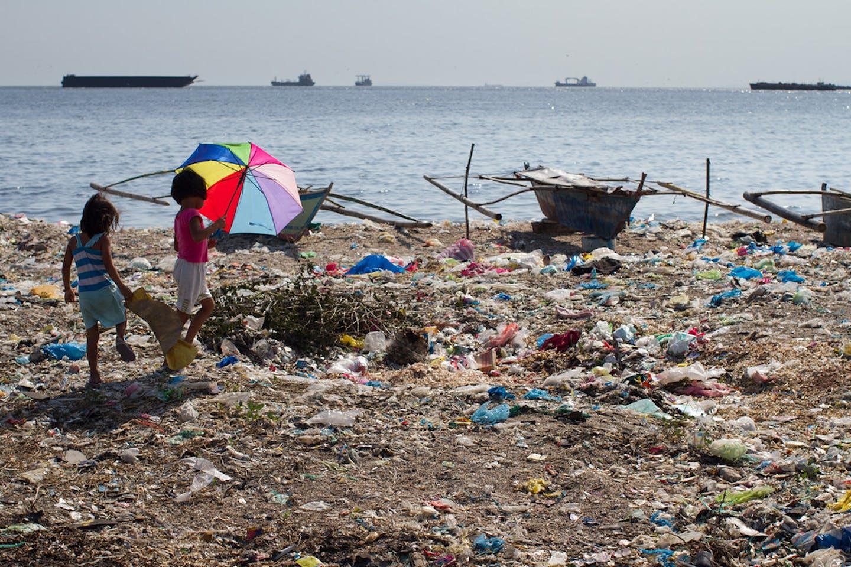 plastic trash ocean philippines