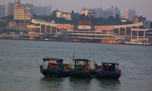 Are Chinese 'dark fleets' illegally defying sanctions by fishing in North Korean waters?