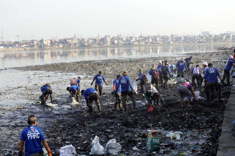 manila bay coastal clean up