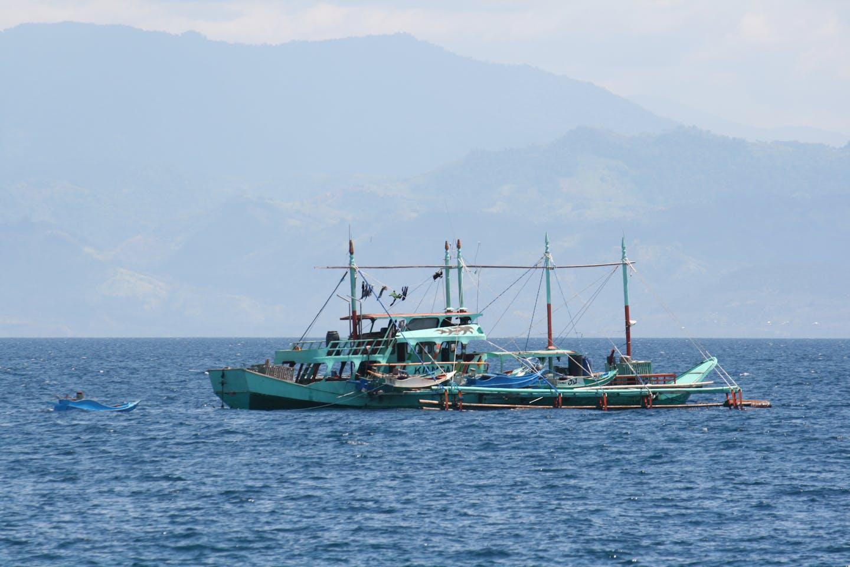 fishing boat philippines