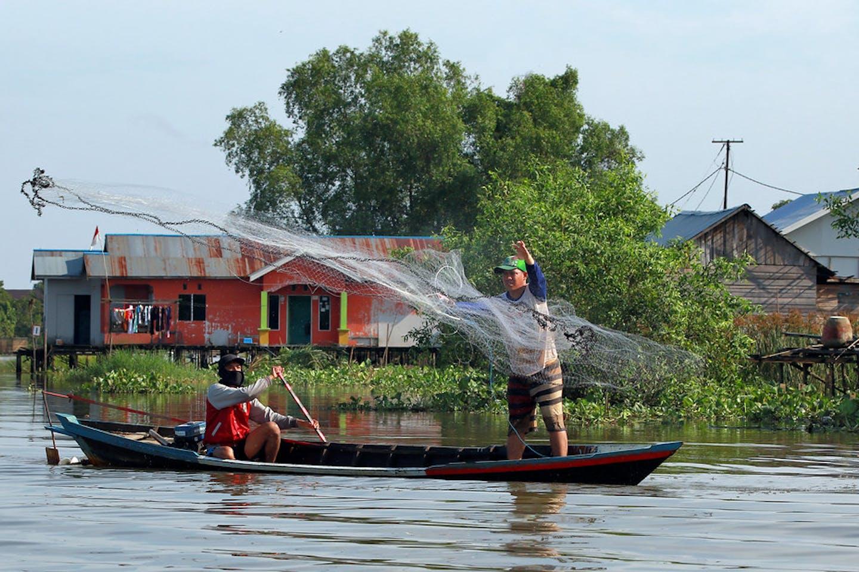 Fishermen in South Kalimantan, Indonesia