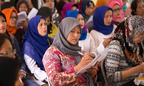 Women can add US$280 billion to e-commerce in Southeast Asia
