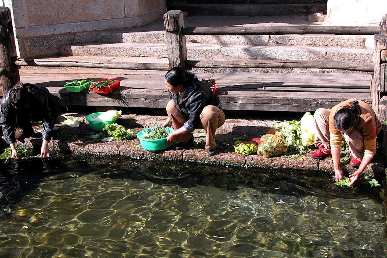 women water shortage china