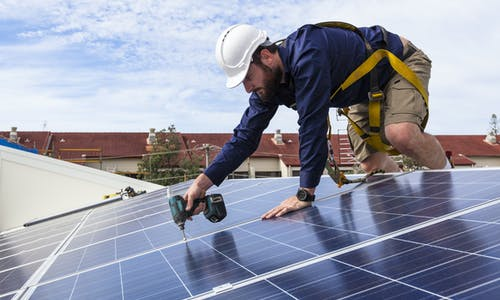 Energy efficiency boosts jobs and cuts climate heat
