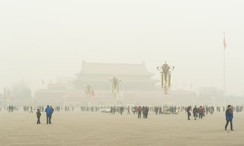 Study: Fossil fuel pollution causes one in five premature deaths globally