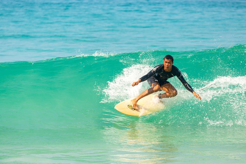 waves thailand