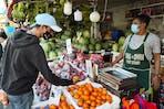micro enterprise_ fruit vendor