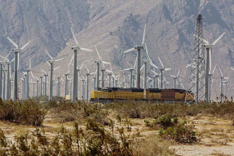 wind farm on the San Gorgonio Mountain Pass in California