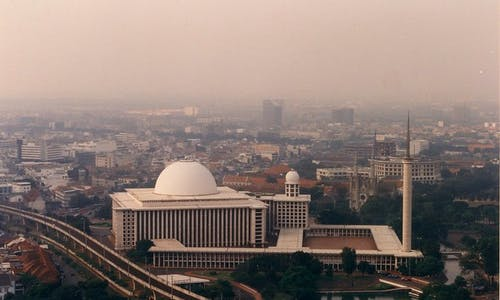 Indonesia's environment ministry fails to communicate risk of air pollution