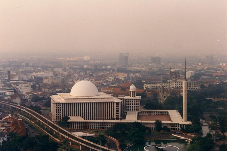 air pollution jakarta