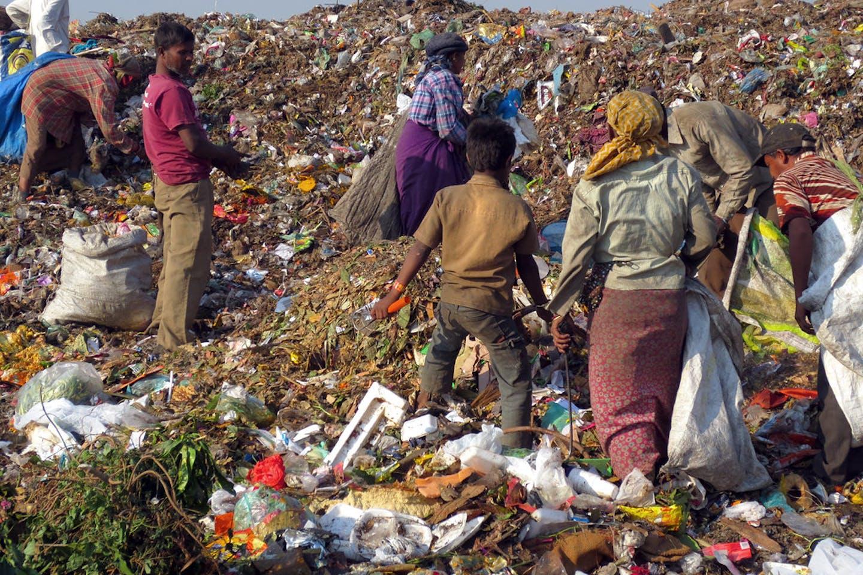 trash india