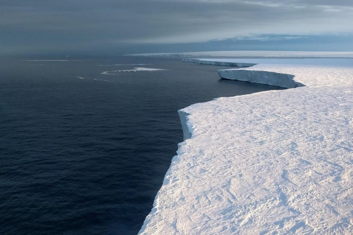 Antarctic melt Jan 2018
