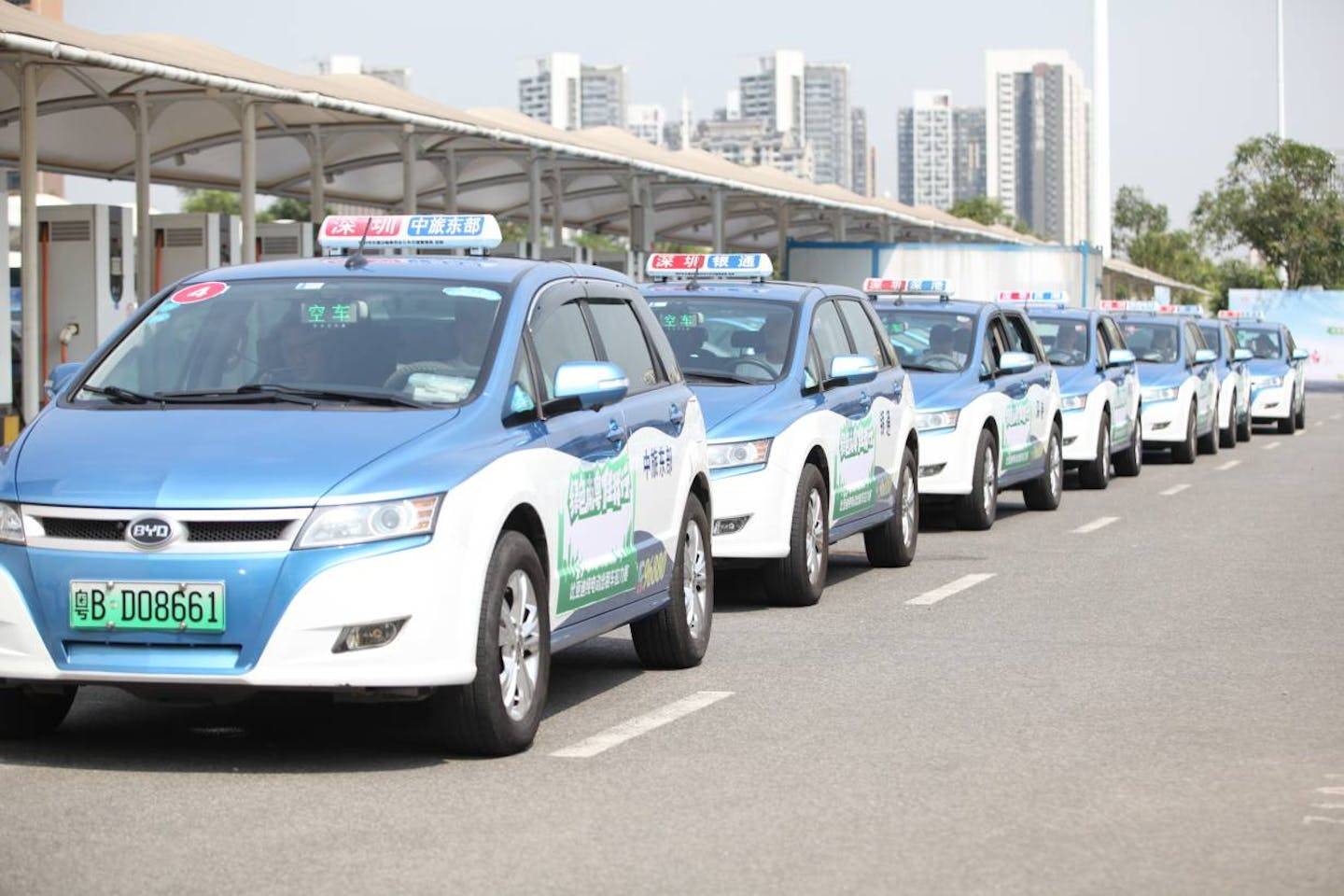 BYDE electric taxis in China