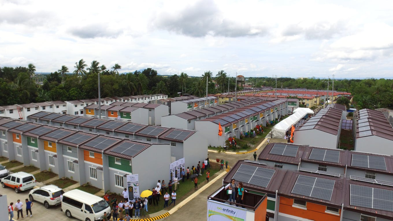 low income houses with solar panels