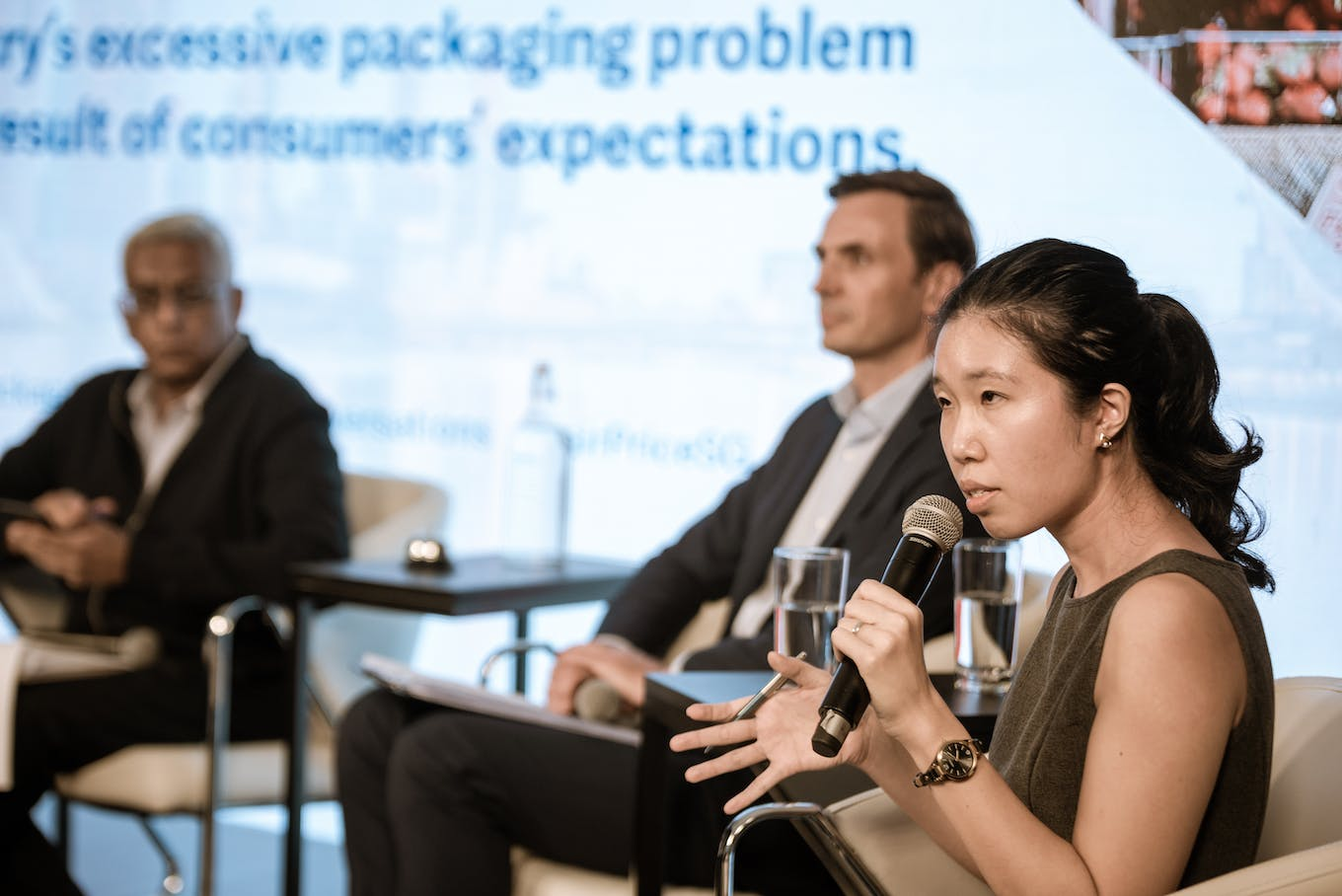 Hailin Pek makes her cases against the motion that consumer expectations are responsible for excessive packaging
