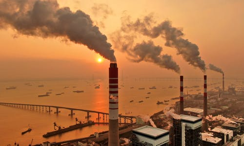China should 'rapidly' close 186 coal plants to help meet its climate goals, study says