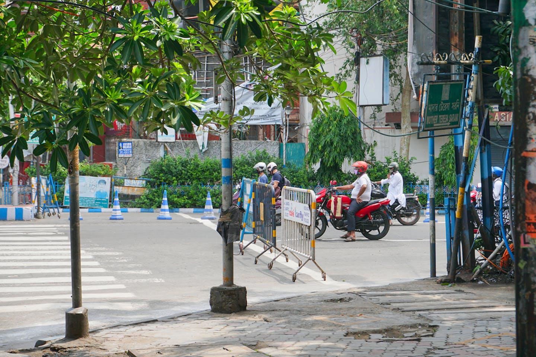deserted street kolkata india
