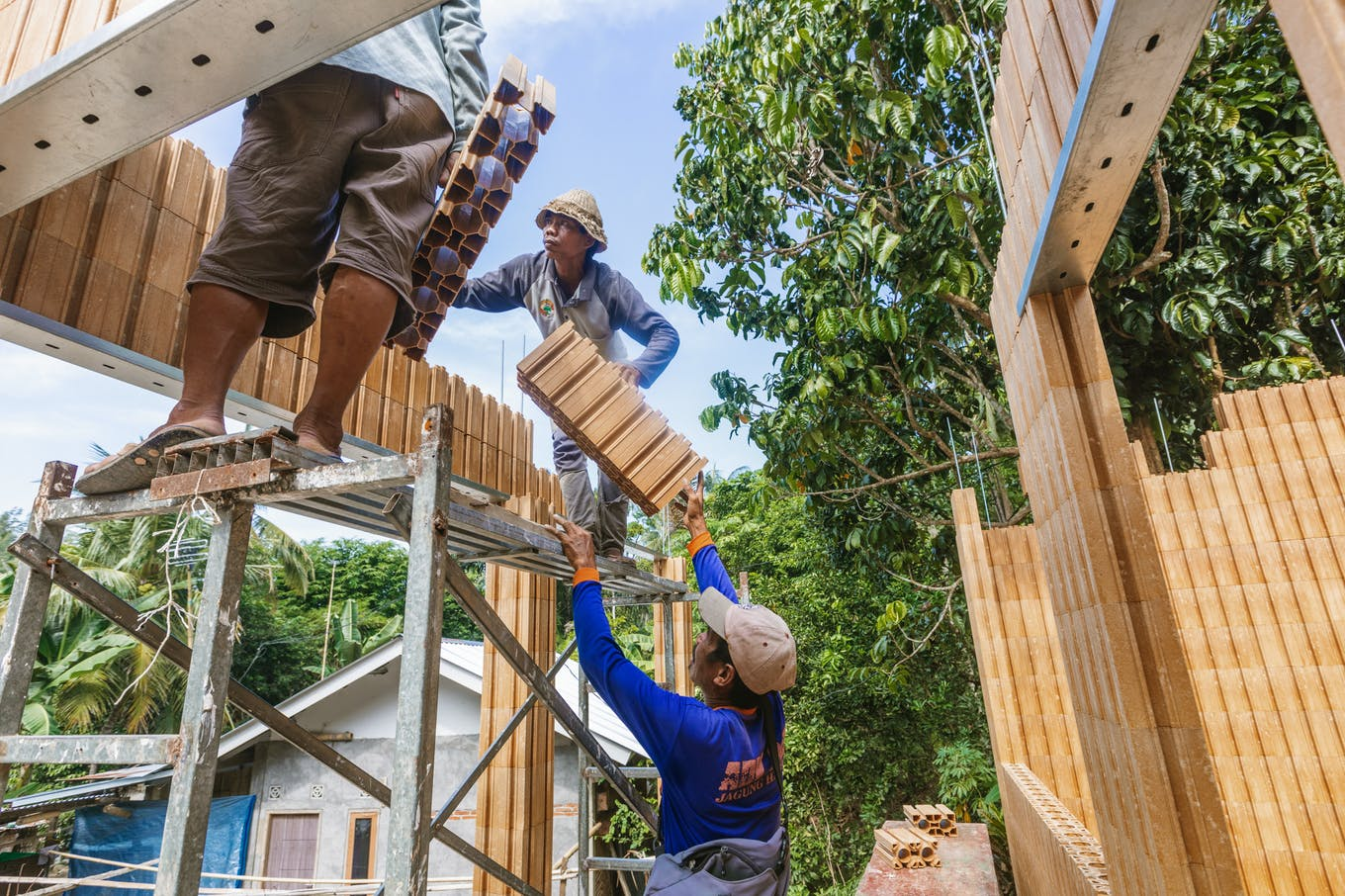 Construction of the Eco-Block school in Lombok. Image: Eszter Papp and Fraser Morton