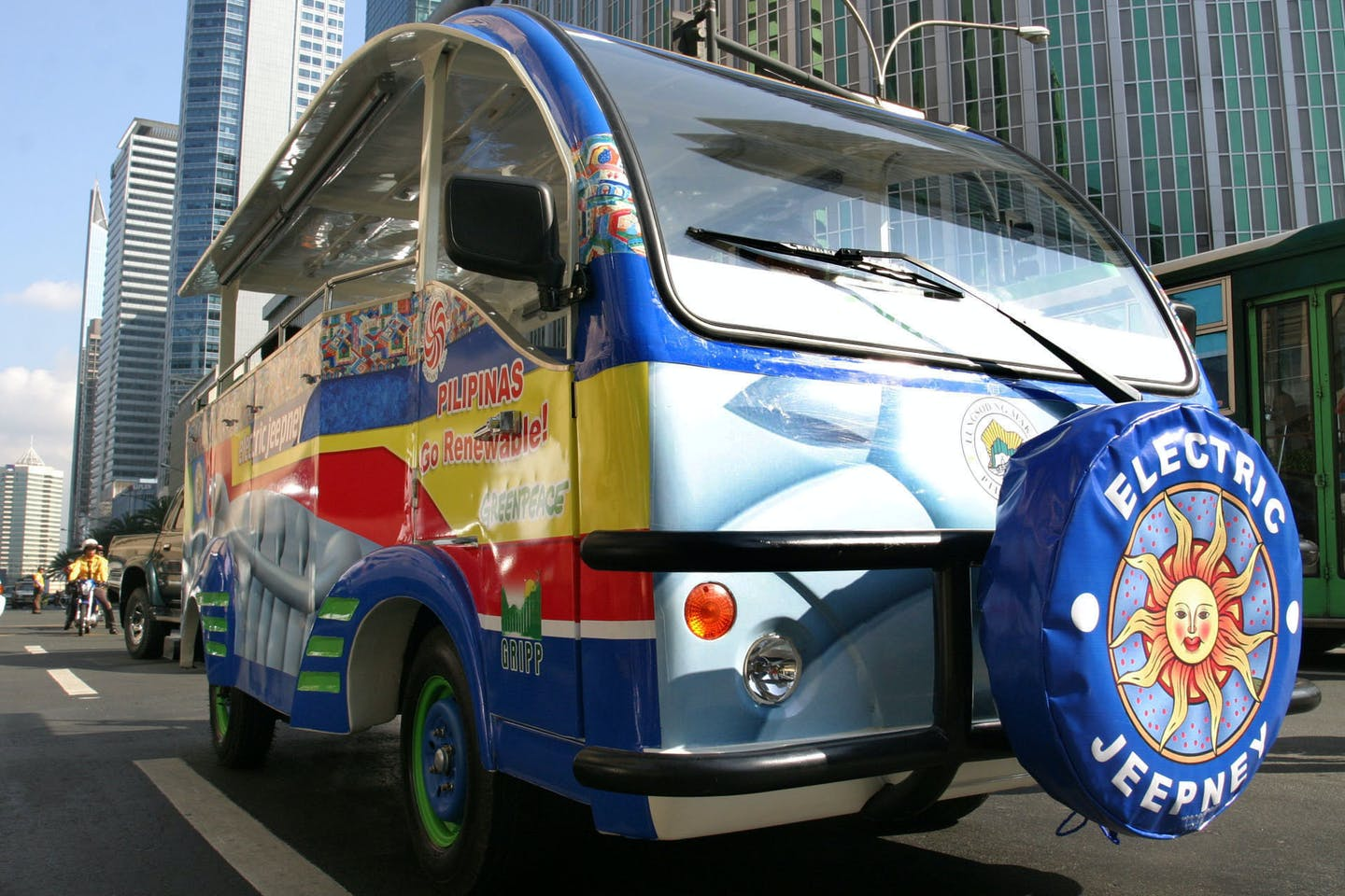 An e-jeepney in the Philippines. A growing movement is underway to electrify Southeast Asia's transport. Image: Eco-Business