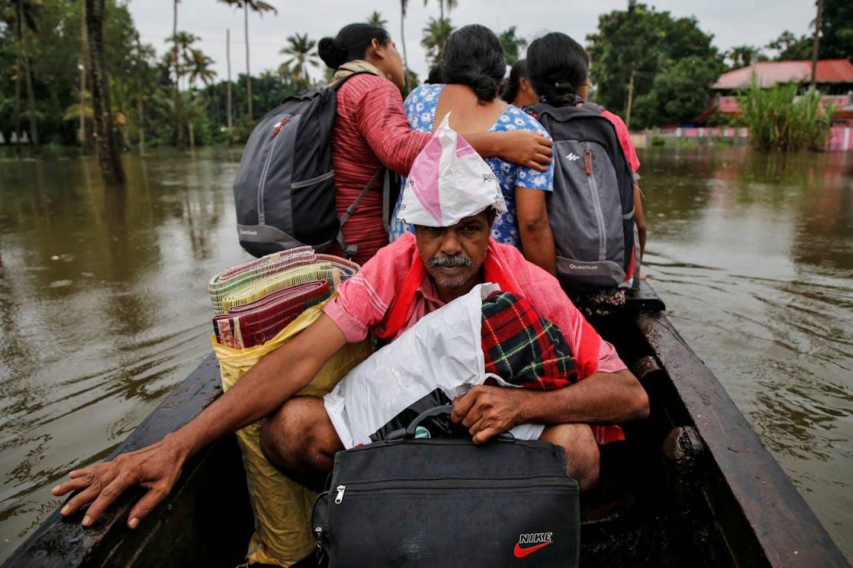 india flood evacuees