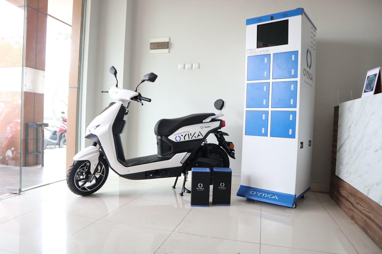 Oyika's electric motorbike in a battery swap station.