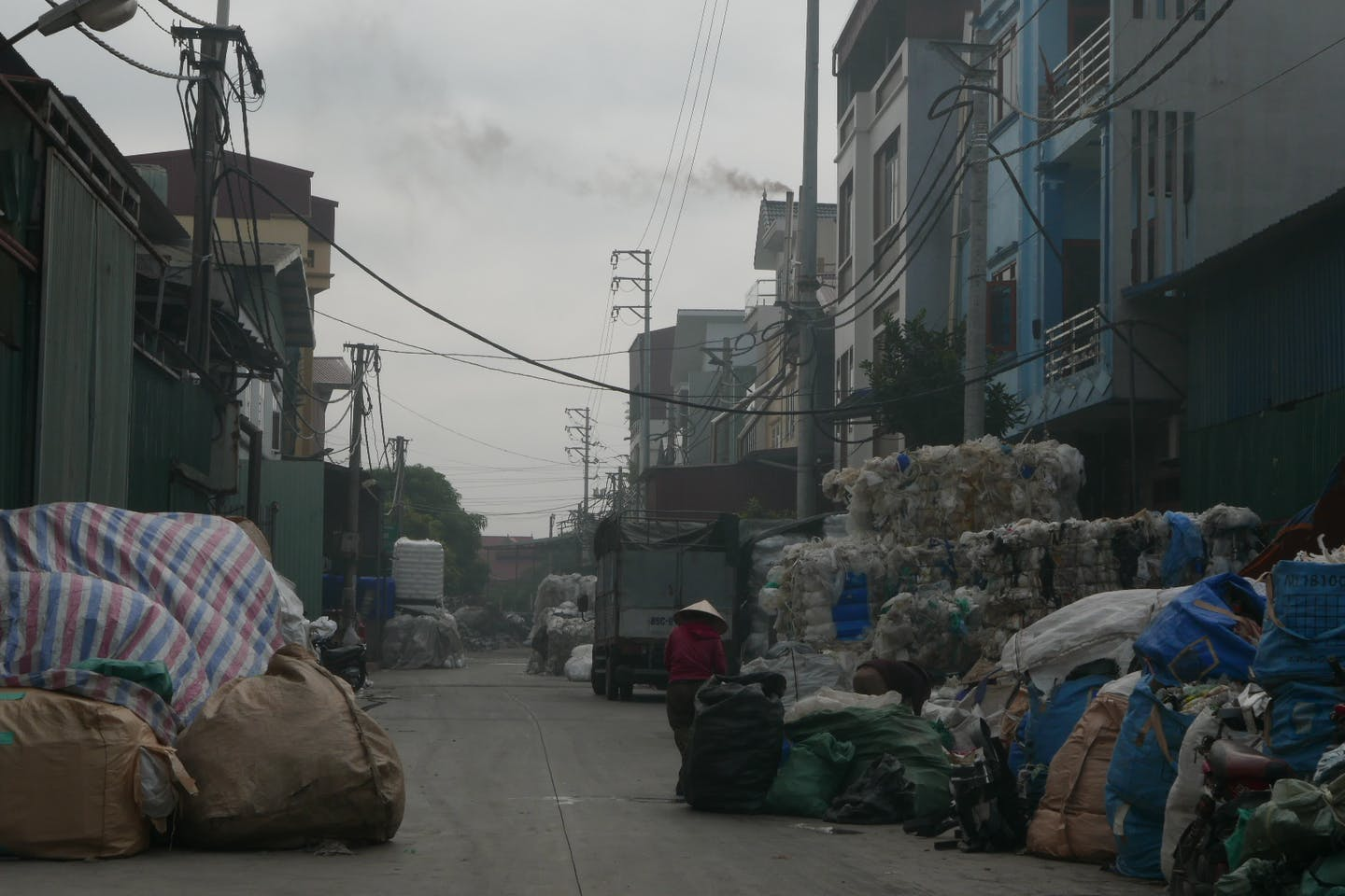 A recycling centre in Lang Khoai, Vietnam, where 1,500 work in the informal recycling sector. Image: CL2B