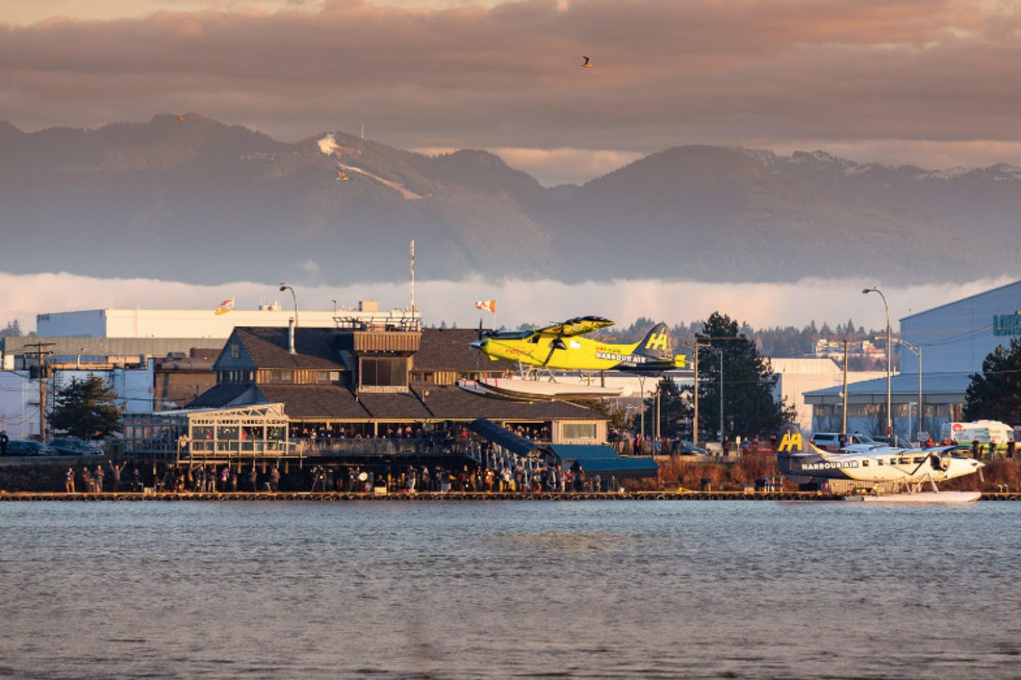 Harbour Air seaplane electric plane