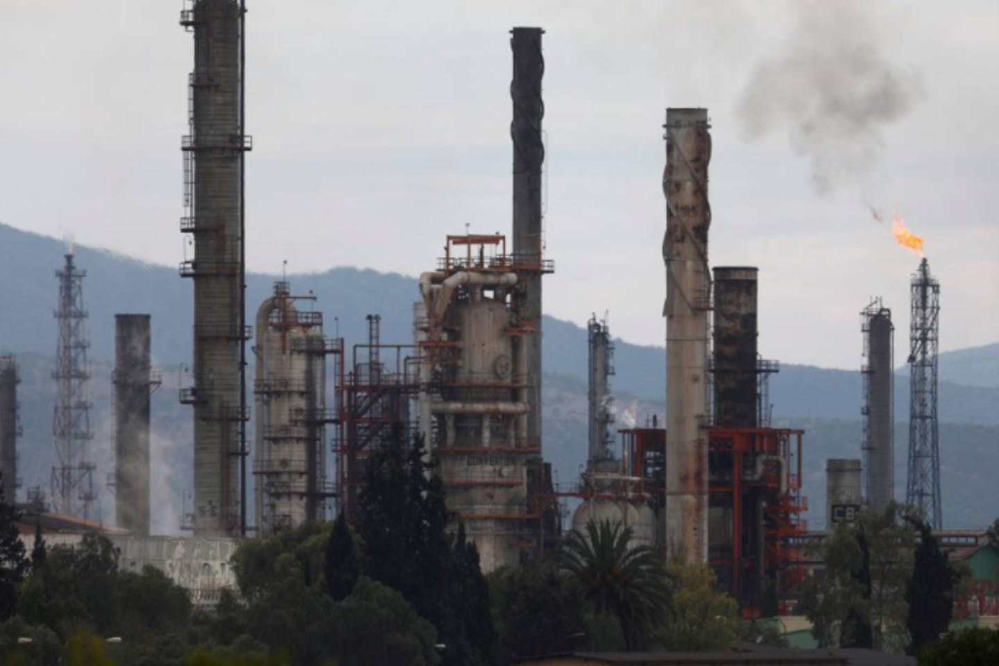 oil refinery in Tula de Allende, Mexico