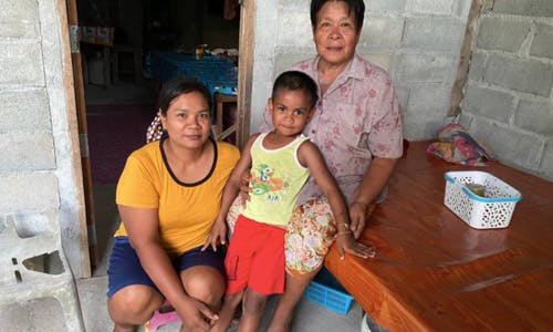 Thai farmers brave bullets, prison for community land titles
