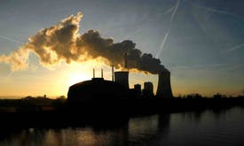 Energy lawsuits pact seen threatening Paris climate deal