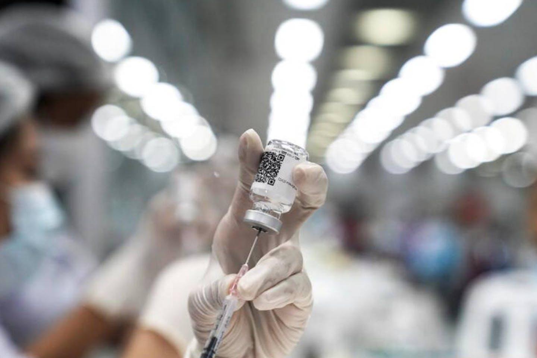 Vaccine dose being prepared in Thailand