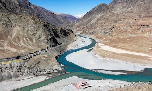 India's parliamentarians make a start in understanding rivers