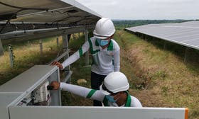 How can small renewable power producers help the Philippines reach its 35% clean energy target?