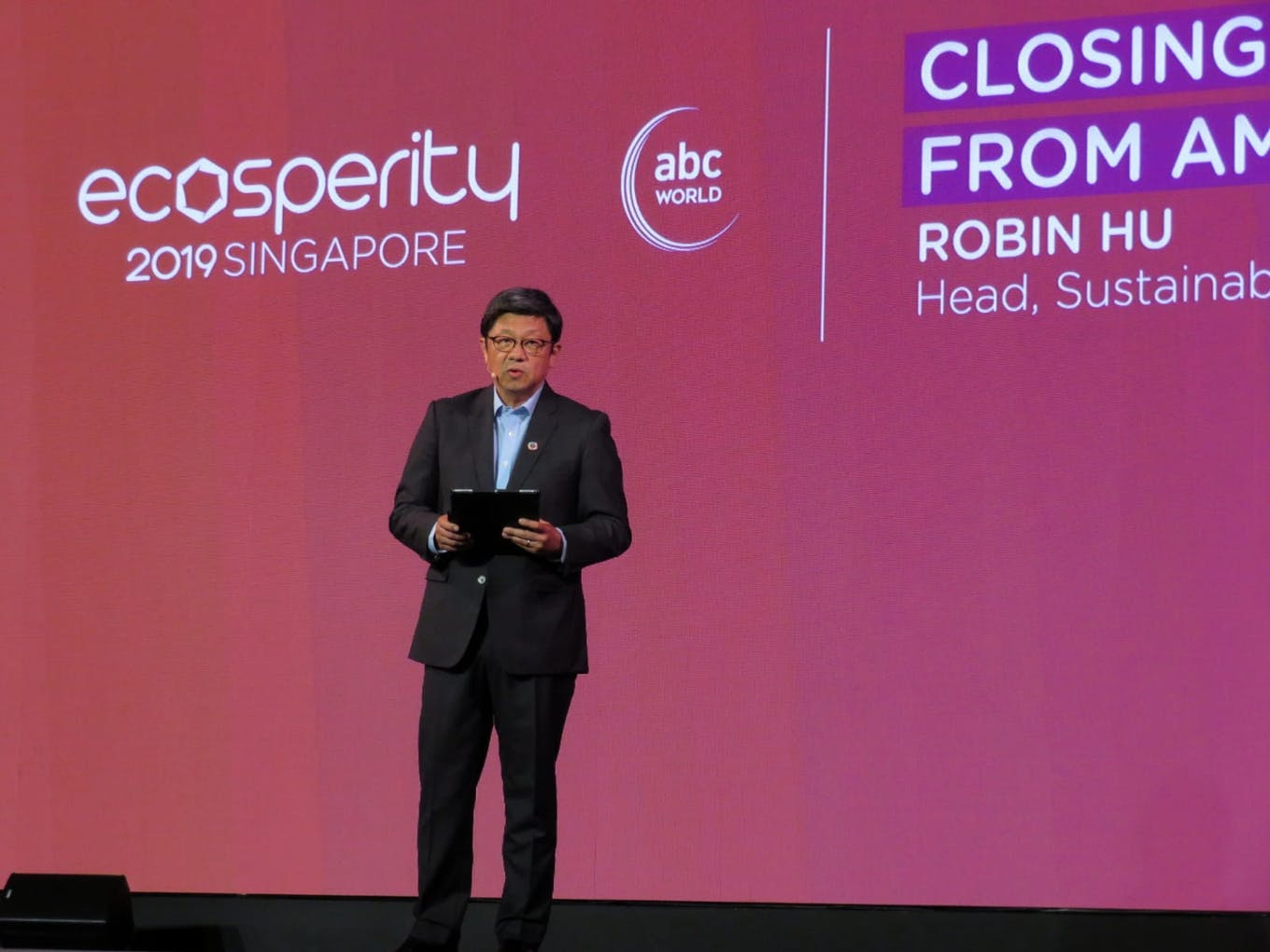Robin Hu speaking at Ecosperity. Image: Eco-Business