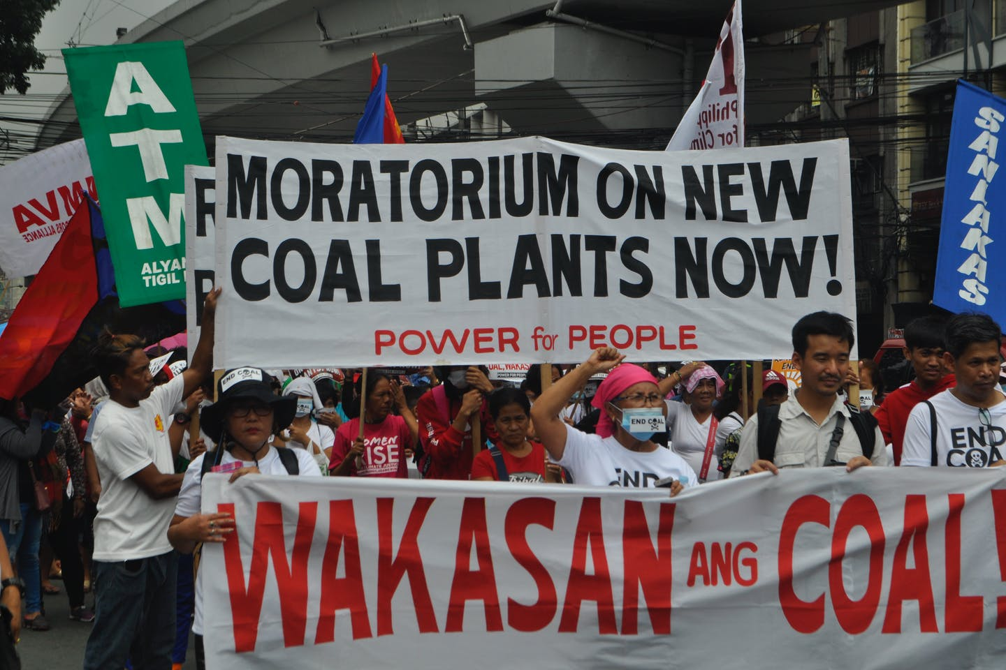 'Moratorium on new coal plants now!' NGOs protest against coal in the Philippines