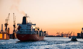 With LNG, the shipping industry could reach its decarbonisation target—but wreck the climate, study finds