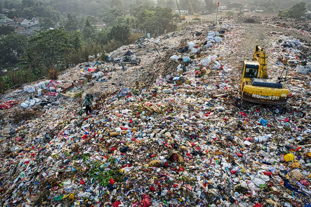disposable plastic waste 5