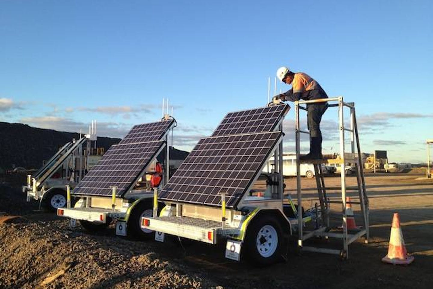 Barrick Gold solar-powered trailer with wireless mesh network