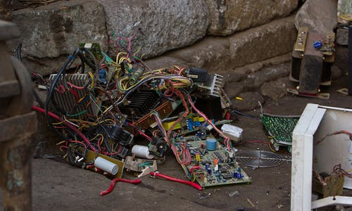 Electronic waste poses 'growing risk' to environment, human health, UN report warns