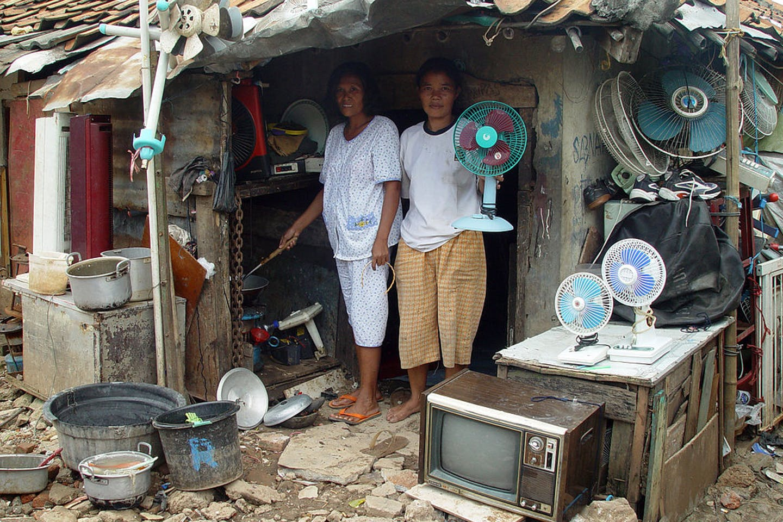 slums jakarta