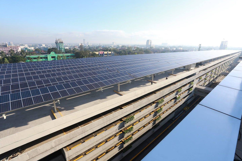 Yingli solar panels SM mall