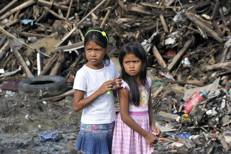 Young girls from Tacloban during Yolanda