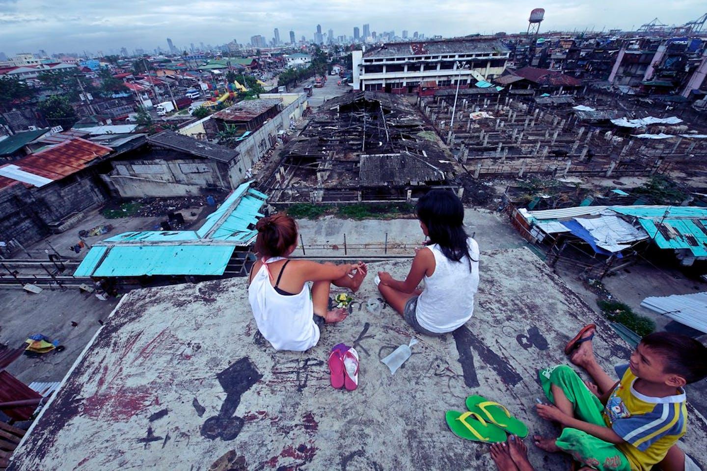 city slum manila