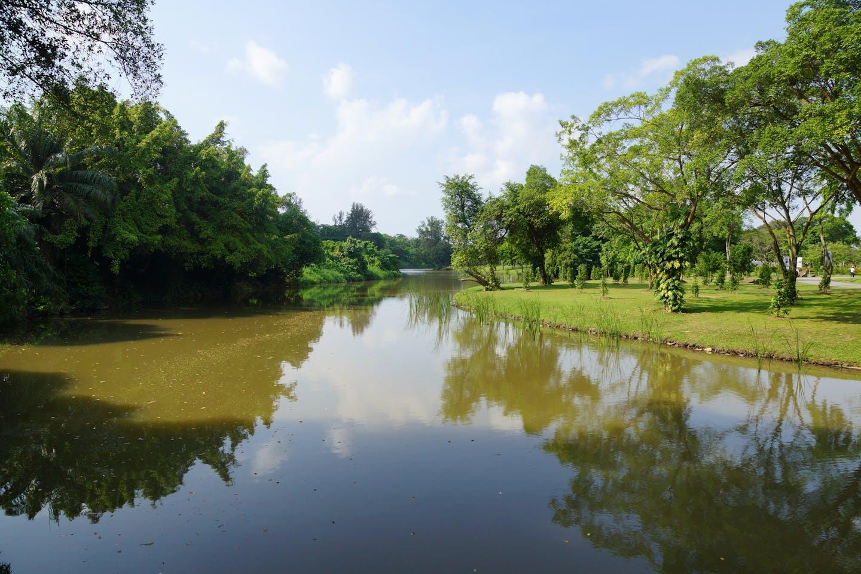 Lake in Chinese gardens Singapore