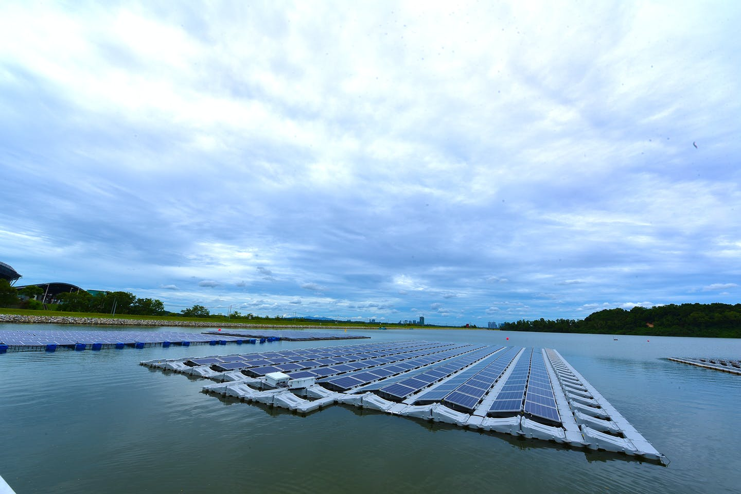 floating solar pv testbed in singapore